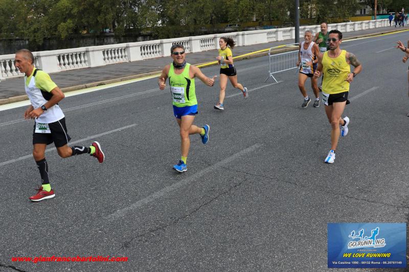 runners corsa dei santi
